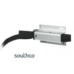 Pull-release Southco Sundecker slam latch North